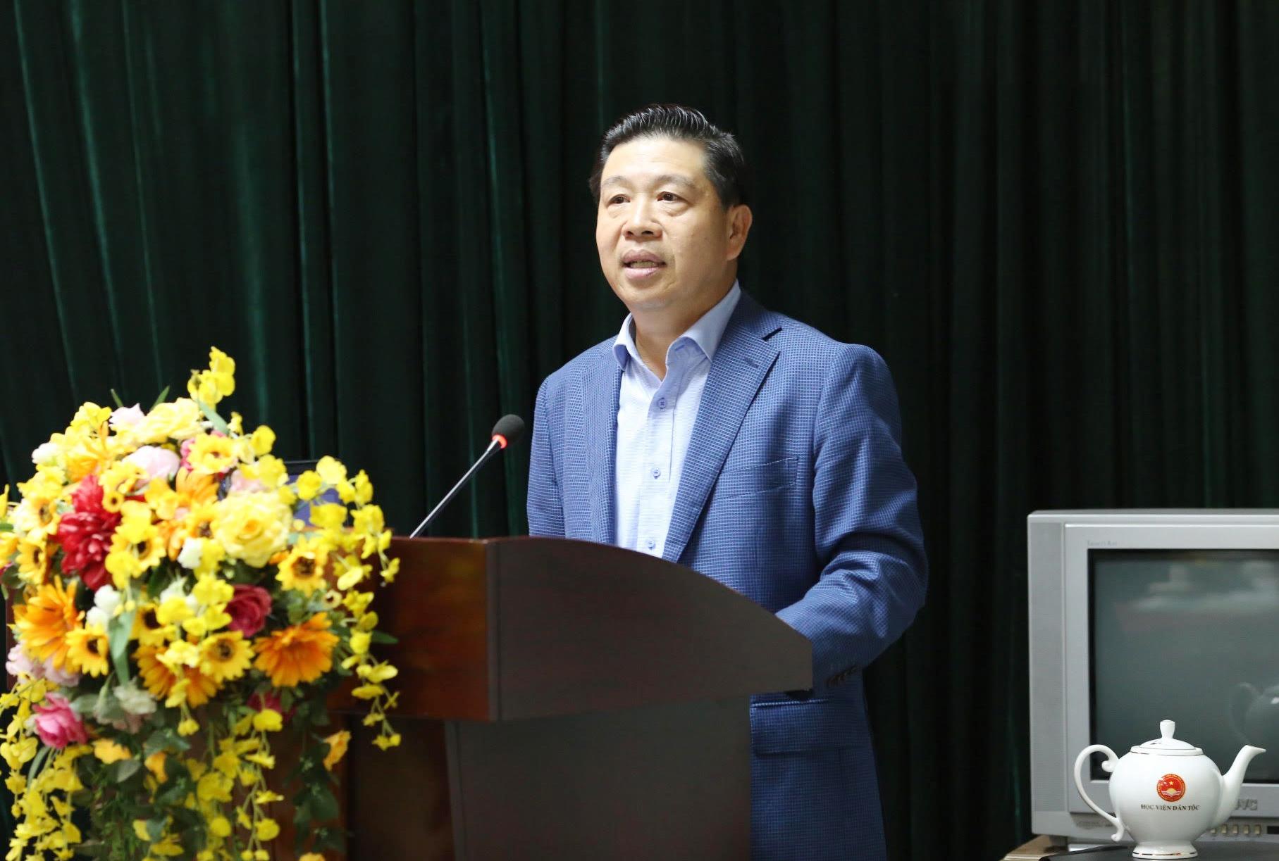 Thứ trưởng, Phó Chủ nhiệm UBDT Lê Sơn Hải phát biểu chỉ đạo Hội nghị
