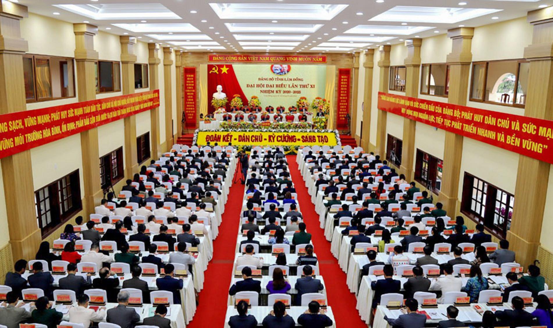 Toàn cảnh Đại hội Đảng bộ tỉnh Lâm Đồng