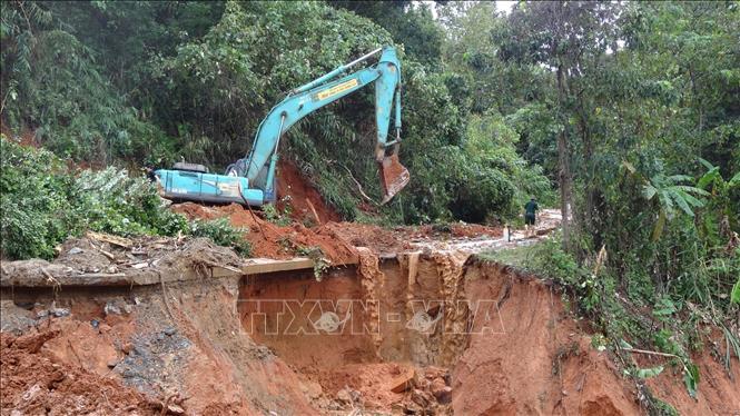 Sạt lở đất ở Hướng Hóa - Quảng Trị: Đã tìm được 10 thi thể, dồn tổng lực thông đường vào hiện trường 3