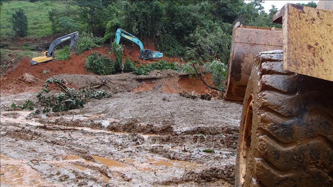Sạt lở đất ở Hướng Hóa - Quảng Trị: Đã tìm được 10 thi thể, dồn tổng lực thông đường vào hiện trường 4