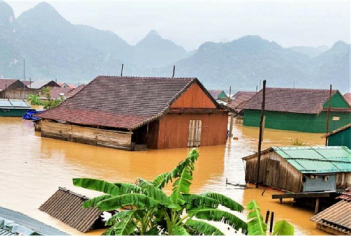 Các tỉnh miền trung đang bị thiệt hại nặng do thiên tai trong những ngày qua