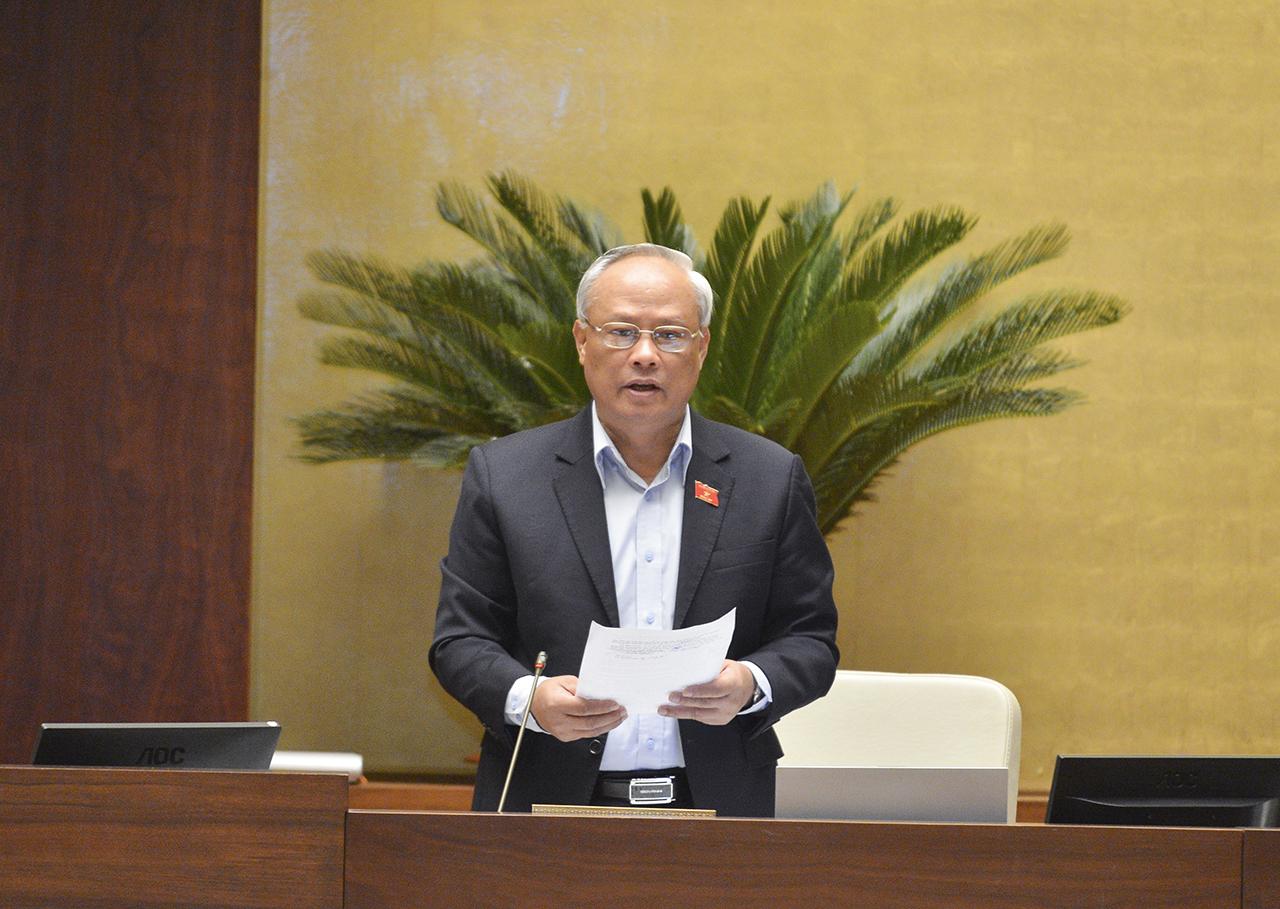 Phó Chủ tịch Quốc hội Uông Chu Lưu phát biểu kết luận phiên họp