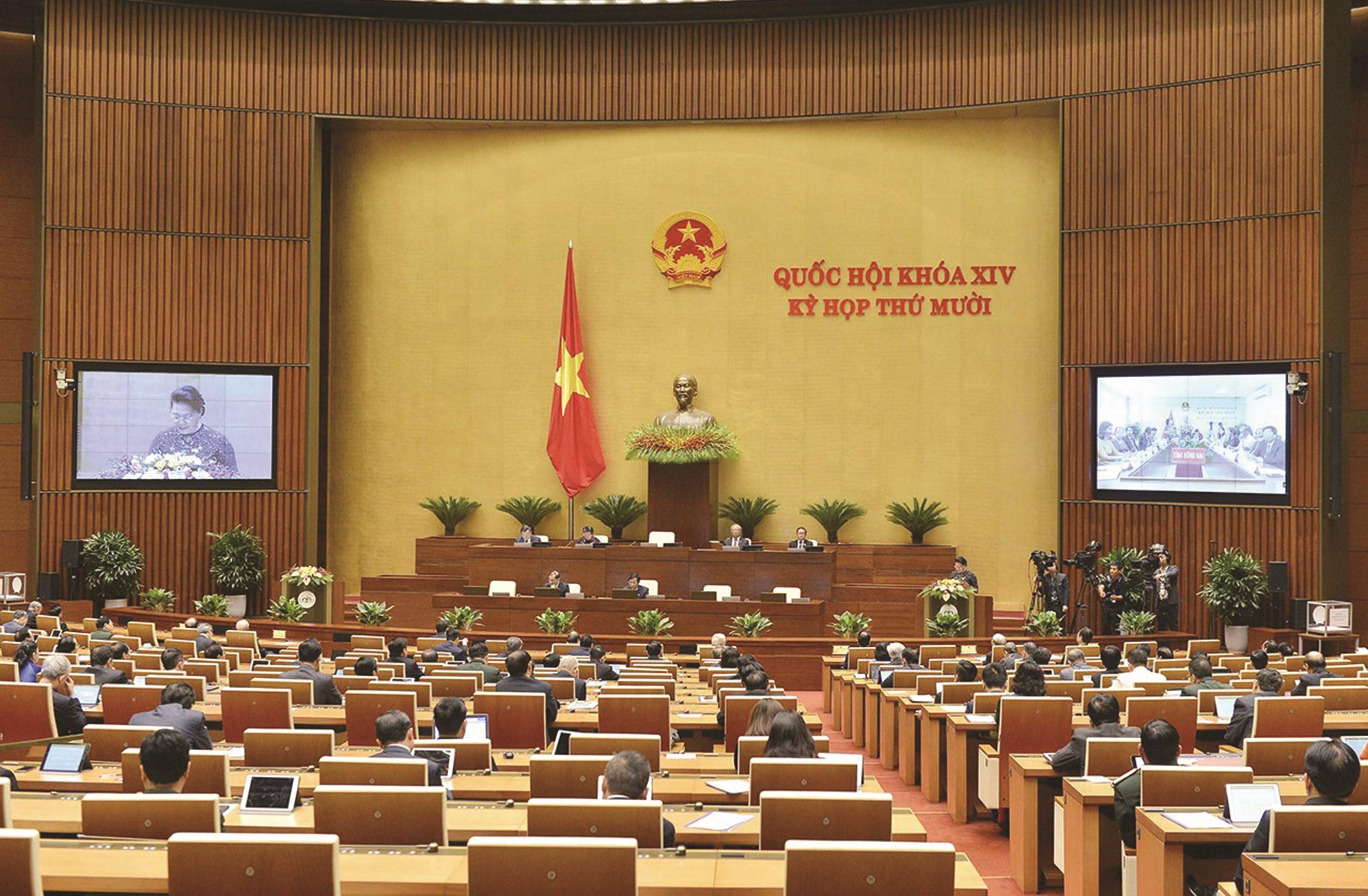 Kỳ họp thứ 10, Quốc hội khóa XIV đang diễn ra với nhiều nội dung quan trọng