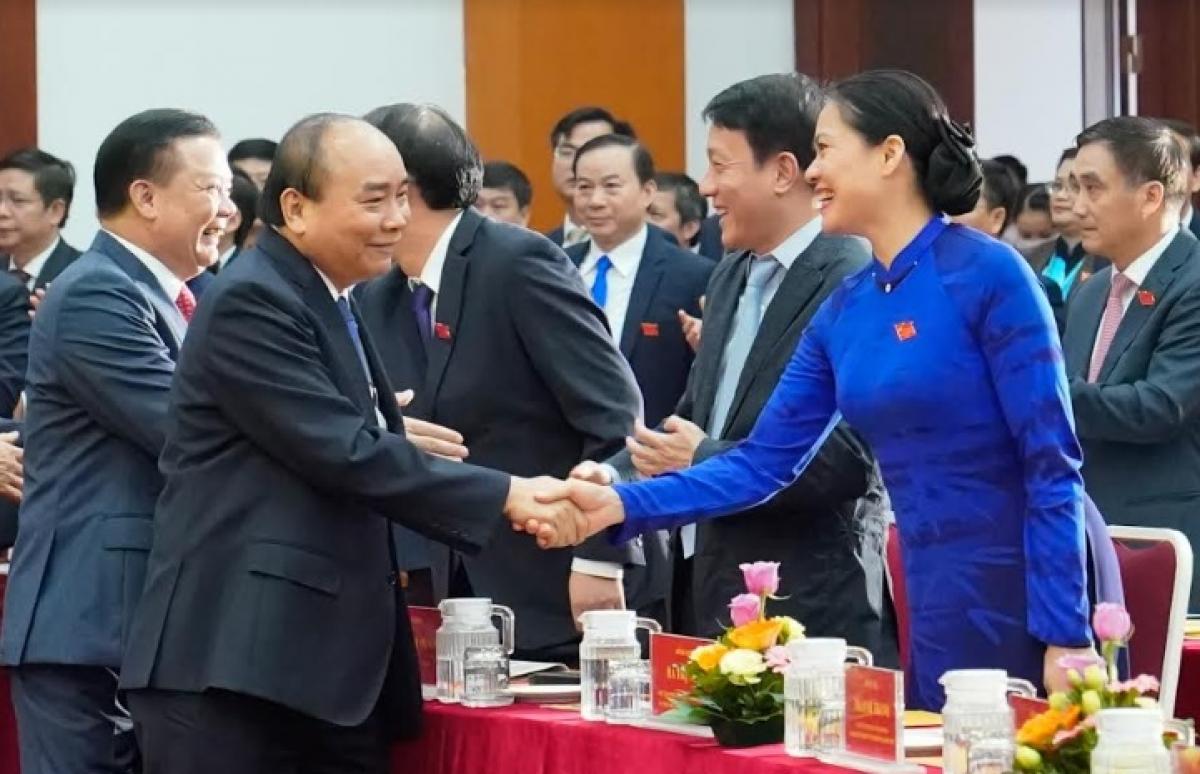Thủ tướng Nguyễn Xuân Phúc và các đại biểu dự hội nghị.