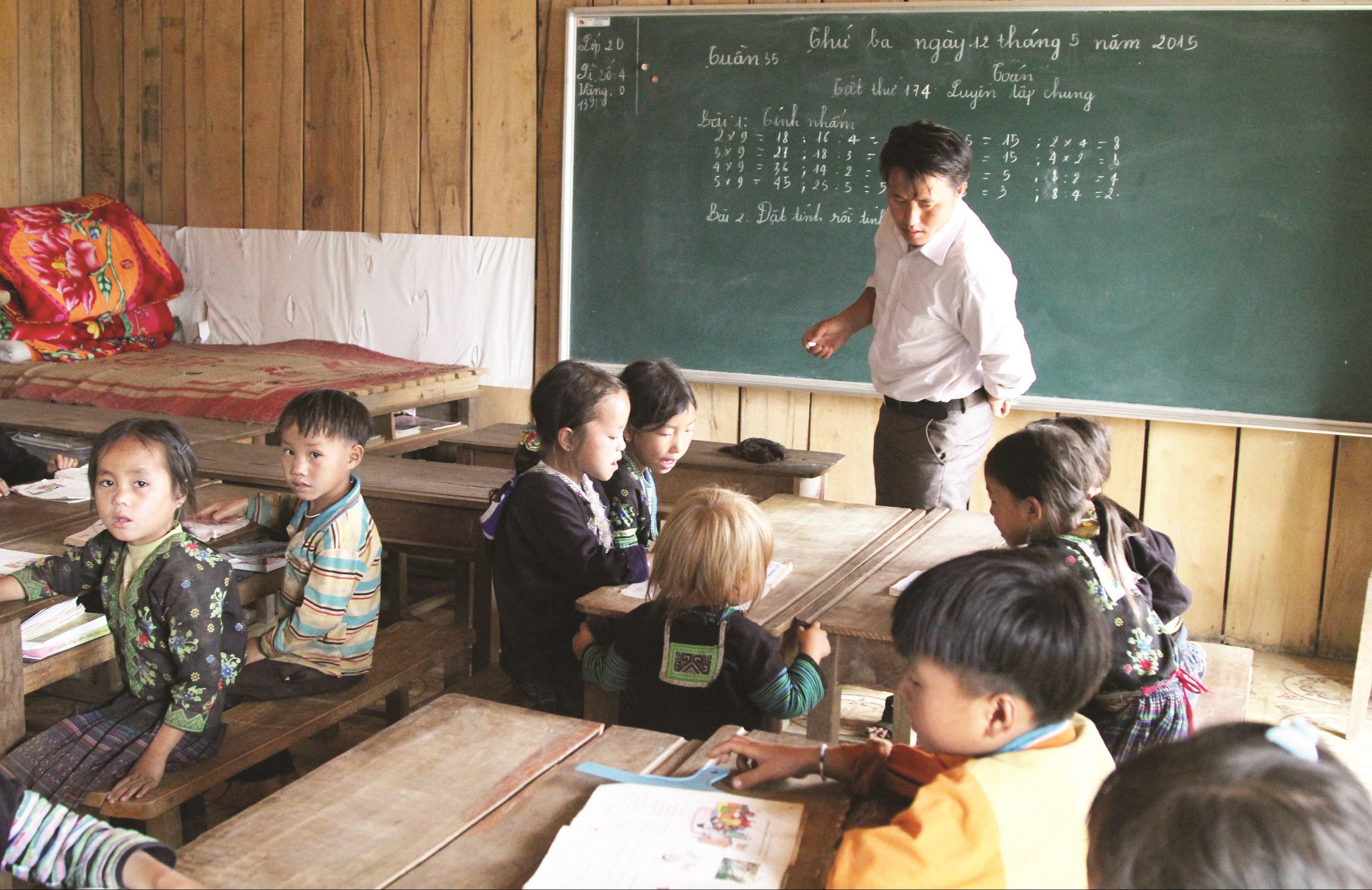 Giáo dục vùng cao Yên Bái còn nhiều khó khăn, cần được khuyến học