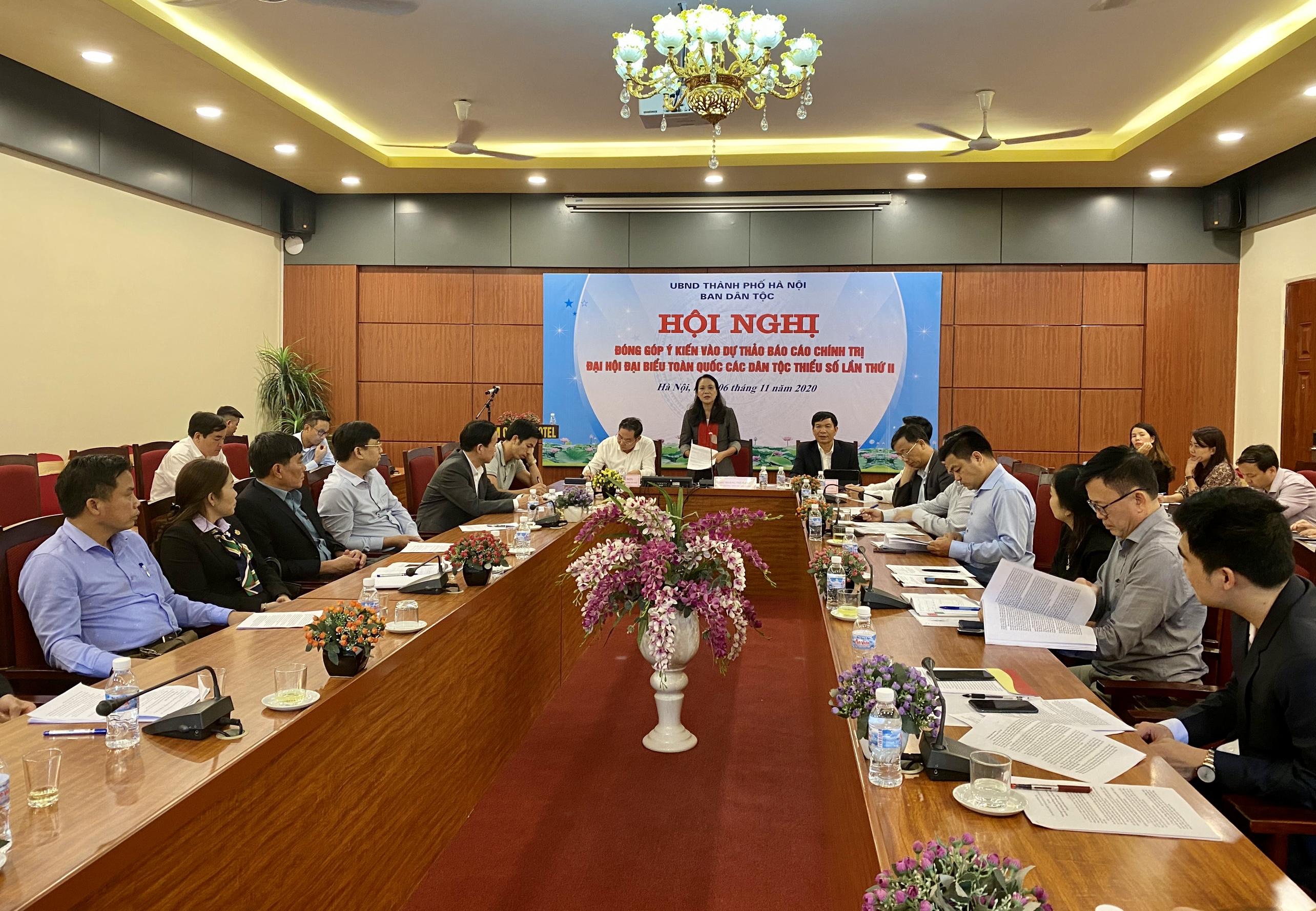 Thứ trưởng, Phó Chủ nhiệm UBDT Hoàng Thị Hạnh - Phó trưởng Ban Tổ chức Đại Đại biểu các DTTS Việt Nam lần thứ II phát biểu tại Hội nghị