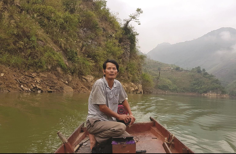 Ông Nguyễn Văn Bàn là một trong những ngư dân gắn bó với lòng hồ suốt gần 20 năm qua