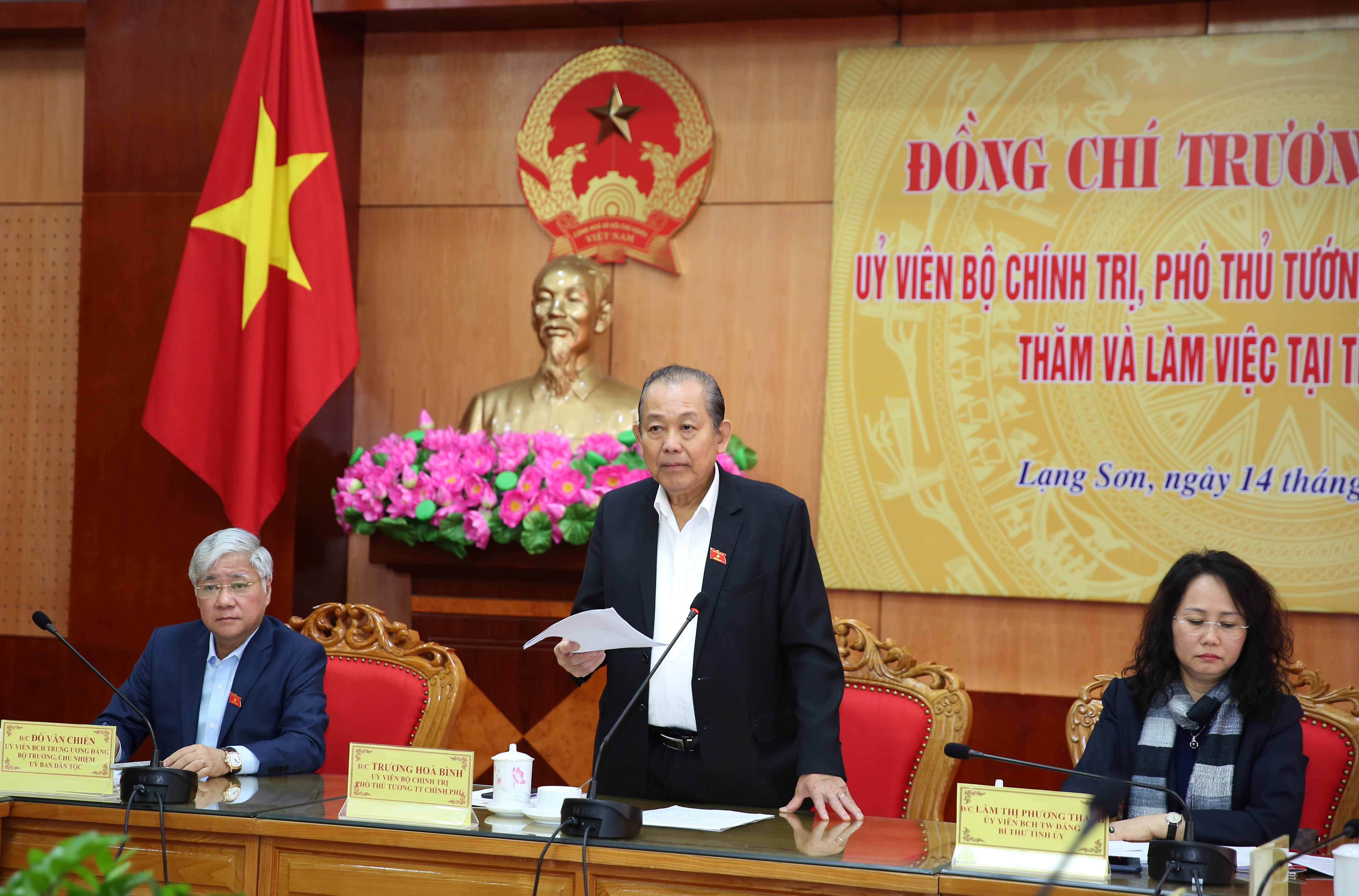Phó Thủ tướng Thường trực Chính phủ Trương Hòa Bình phát biểu tại buổi làm việc. - Ảnh: VGP/Lê Sơn
