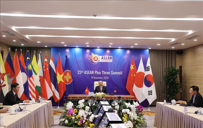 Thủ tướng Nguyễn Xuân Phúc, Chủ tịch ASEAN 2020 chủ trì Hội nghị Cấp cao ASEAN+3 lần thứ 23. Ảnh: Thống Nhất/TTXVN