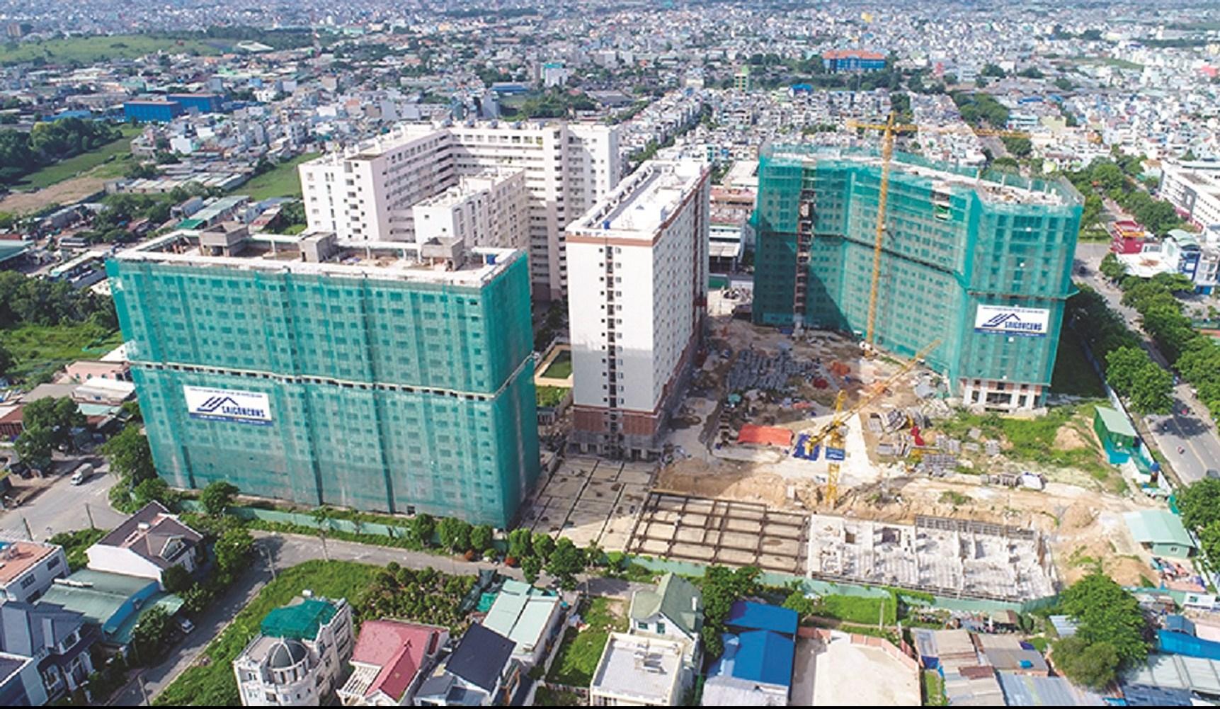 Dự án Green Town Bình Tân đã ngừng thi công do vướng tranh chấp kiện tụng kéo dài.
