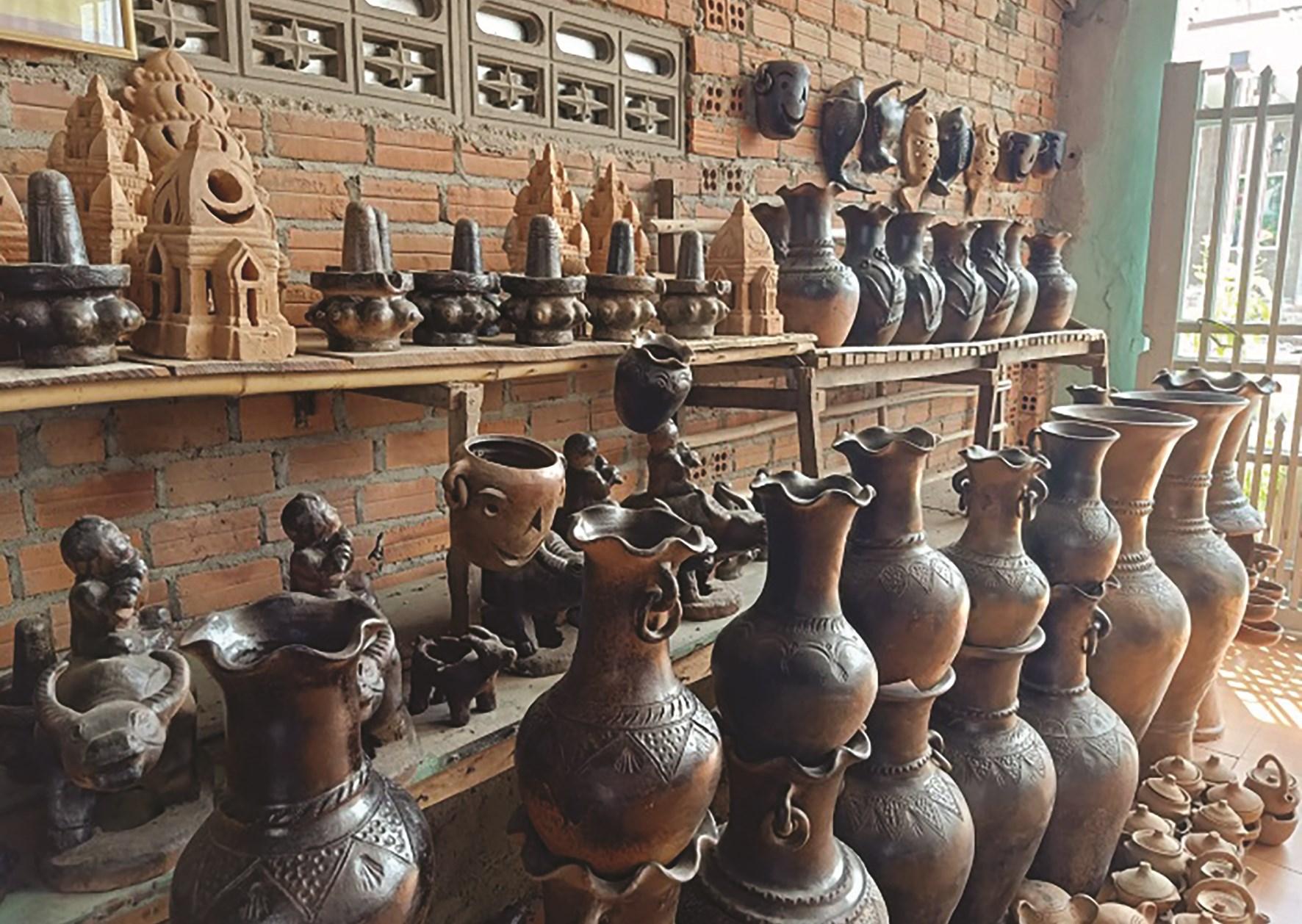 Các sản phẩm gốm của làng gốm Bàu Trúc