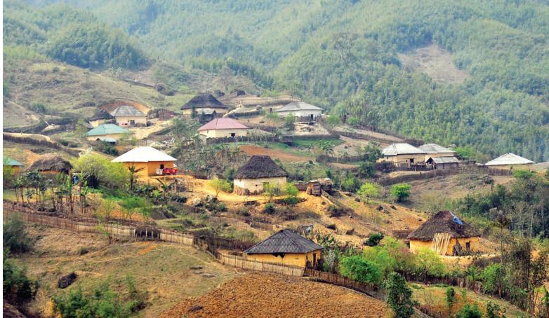 Phong cảnh bản làng vùng cao. Ảnh TL