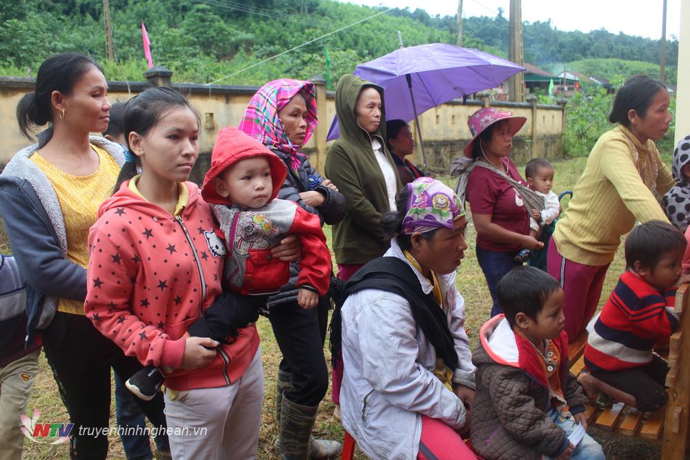 Đối với 35 hộ Đan Lai thì đây là lần đầu tiên được dự Ngày Đại đoàn kết trên quê hương mới