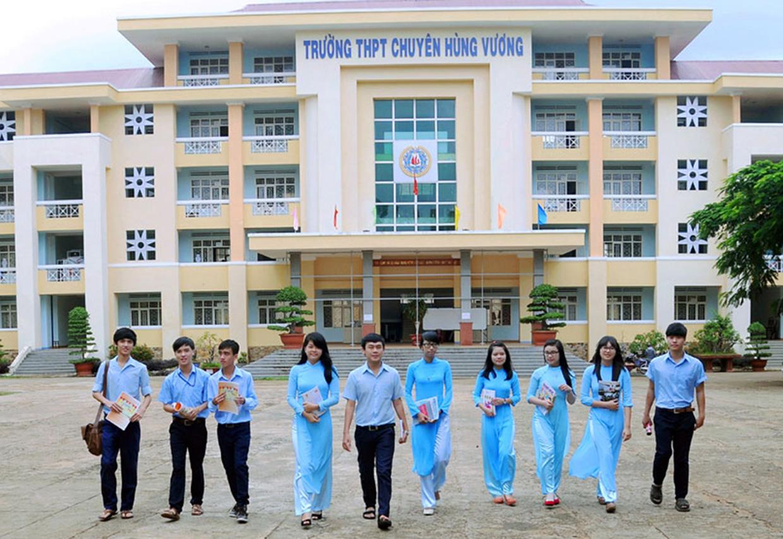 Trường THPT chuyên Hùng Vương (TP. Pleiku, tỉnh Gia Lai)- ngôi trường vinh dự có học trò Lê Nhật Minh đạt Huy chương Vàng Olympic Phát minh và Sáng tạo Thế giới
