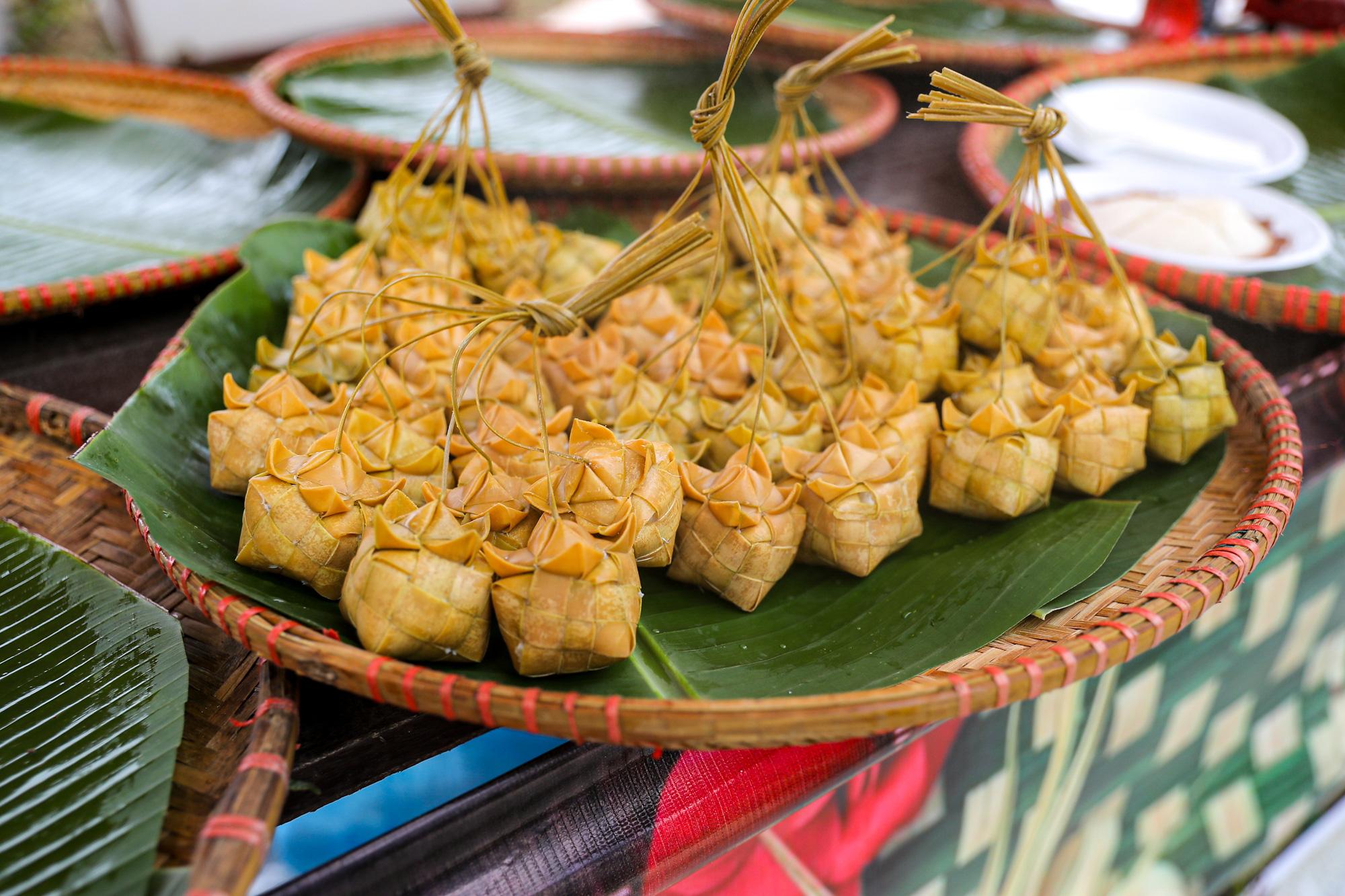 Bánh Katum của dân tộc Khmer An Giang