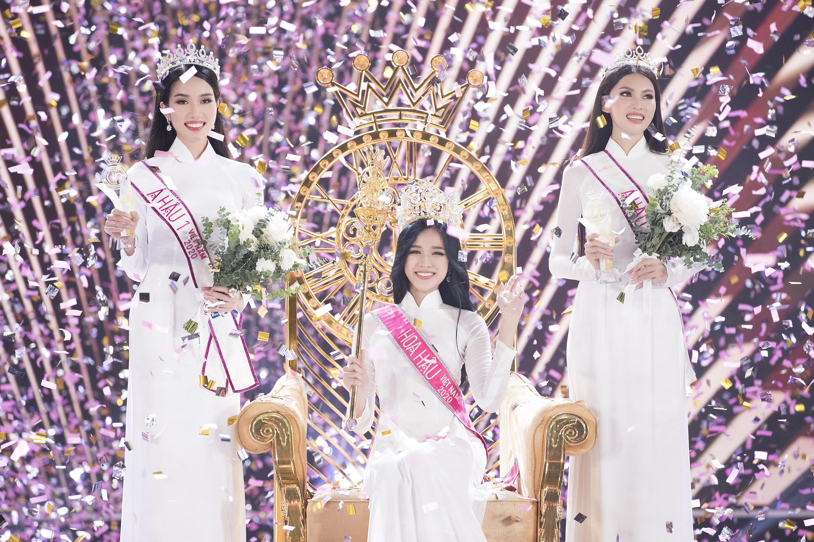 Giây phút đăng quang của Hoa hậu và hai Á hậu Hoa hậu Việt Nam 2020
