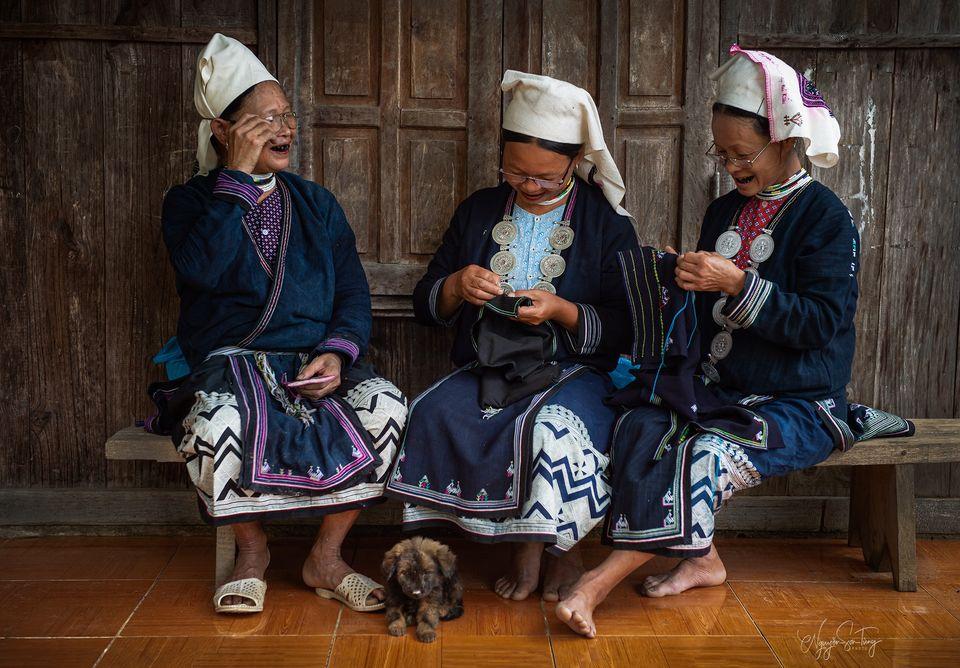 Những người Dao lưu giữ truyền thống (Ảnh Nguyễn Sơn Tùng).
