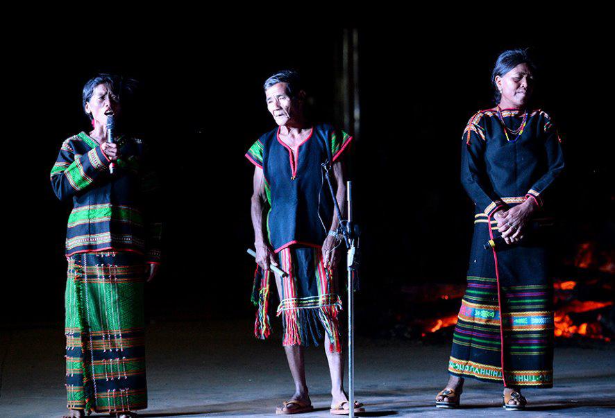 Dân ca gắn liền với cuộc sống hàng ngày của người Mnông