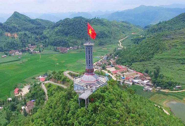 Cột cờ Lũng Cú – biểu tượng cho điểm cực Bắc của Việt Nam
