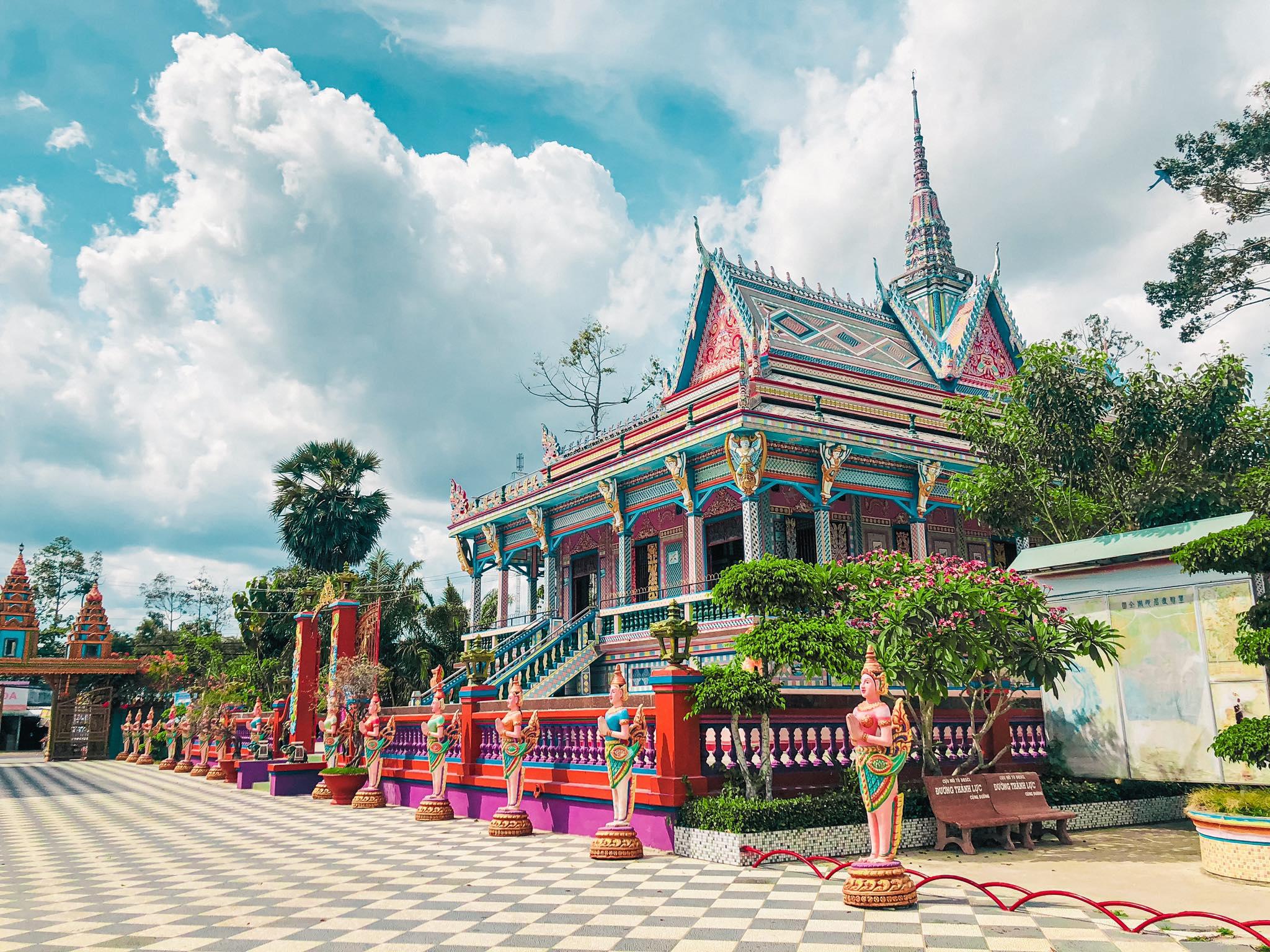Chùa Chén Kiểu còn gọi là chùa Sà Lôn