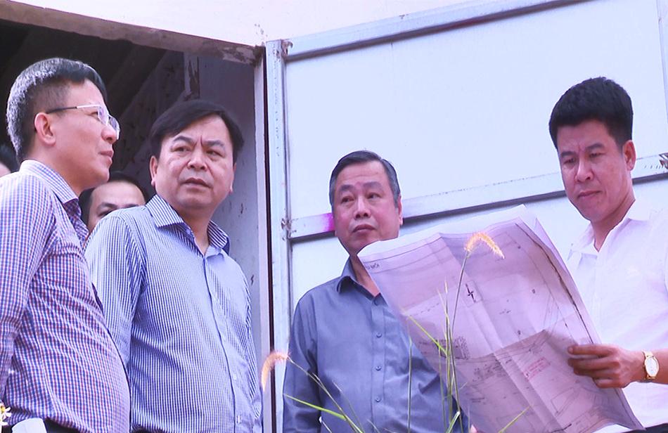 Đoàn công tác của Bộ NN&PTNT khảo sát dự án Cụm công trình thủy lợi vùng cao biên giới tỉnh Bình Phước