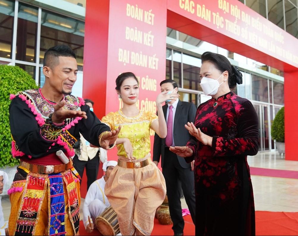 Chủ tịch Quốc hội Nguyễn Thị Kim Ngân và các đại biểu dự Đại hội