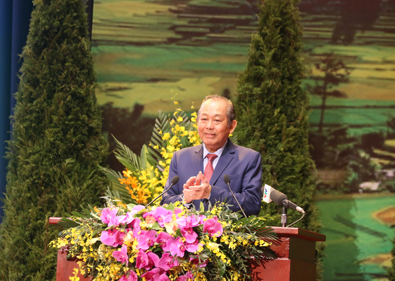Phó Thủ tướng Thường trực Chính phủ Trương Hòa Bình phát biểu bế mạc Đại hội
