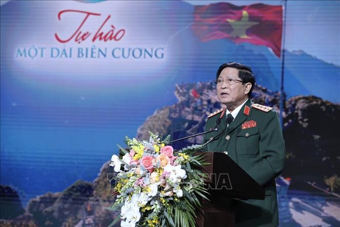 Bộ trưởng Bộ Quốc phòng Ngô Xuân Lịch phát biểu. Ảnh: Minh Quyết/TTXVN
