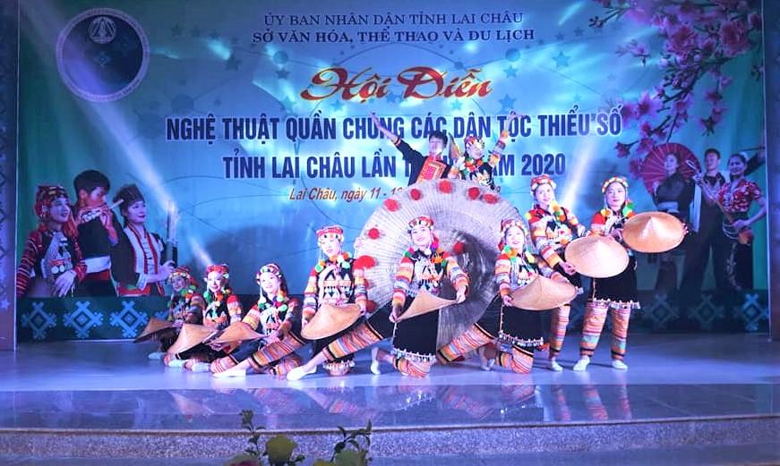 Các bài múa tại Hội diễn được khai thác, dàn dựng trên chất liệu múa dân gian dân tộc
