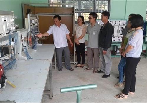 Giờ học nghề cơ khí tại Trung tâm Giáo dục Nghề nghiệp - Giáo dục Thường xuyên huyện Kbang