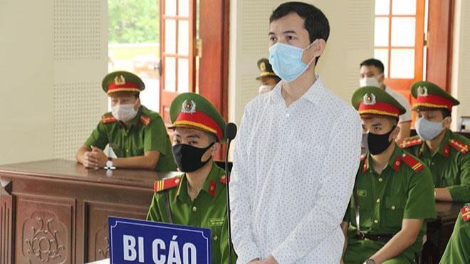 """Nguyễn Năng Tĩnh bị TAND Cấp cao xét xử phúc thẩm, tuyên y án 11 năm tù giam về tội """"Làm, tàng trữ, phát tán hoặc tuyên truyền thông tin, tài liệu nhằm chống Nhà nước Cộng hòa xã hội chủ nghĩa Việt Nam"""""""