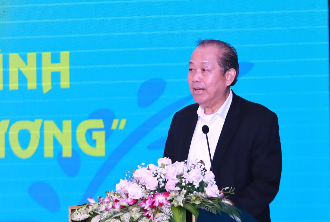 Đồng chí Trương Hòa Bình, Ủy viên Bộ Chính trị, Phó Thủ tướng Thường trực Chính phủ phát biểu chỉ đạo Hội nghị
