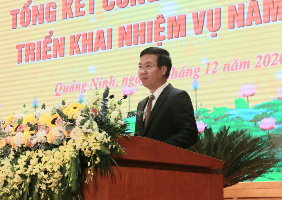 Ủy viên Bộ Chính trị, Bí thư Trung ương Đảng, Trưởng Ban Tuyên giáo Trung ương Võ Văn Thưởng phát biểu tại Hội nghị