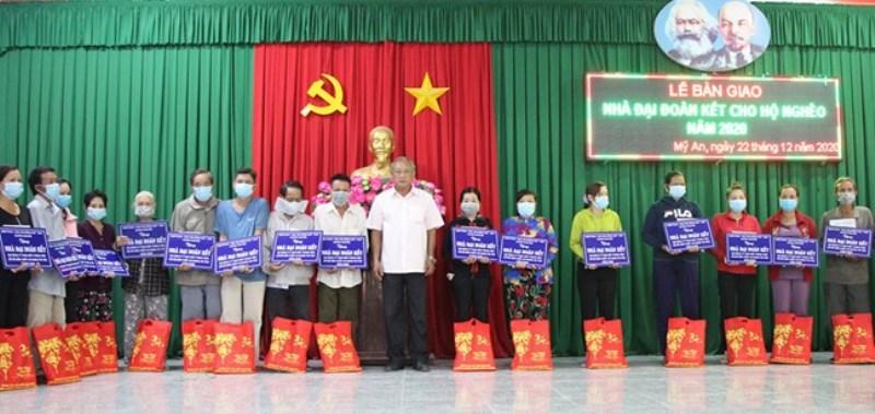 Tỉnh An Giang trao nhà Đại đoàn kết tặng hộ nghèo trước Tết Nguyên đán