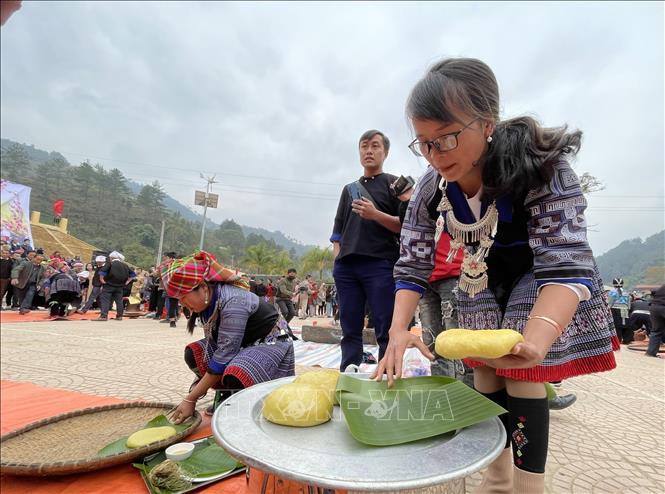 Sôi nổi Lễ hội giã bánh dày ở vùng cao Mù Cang Chải 9