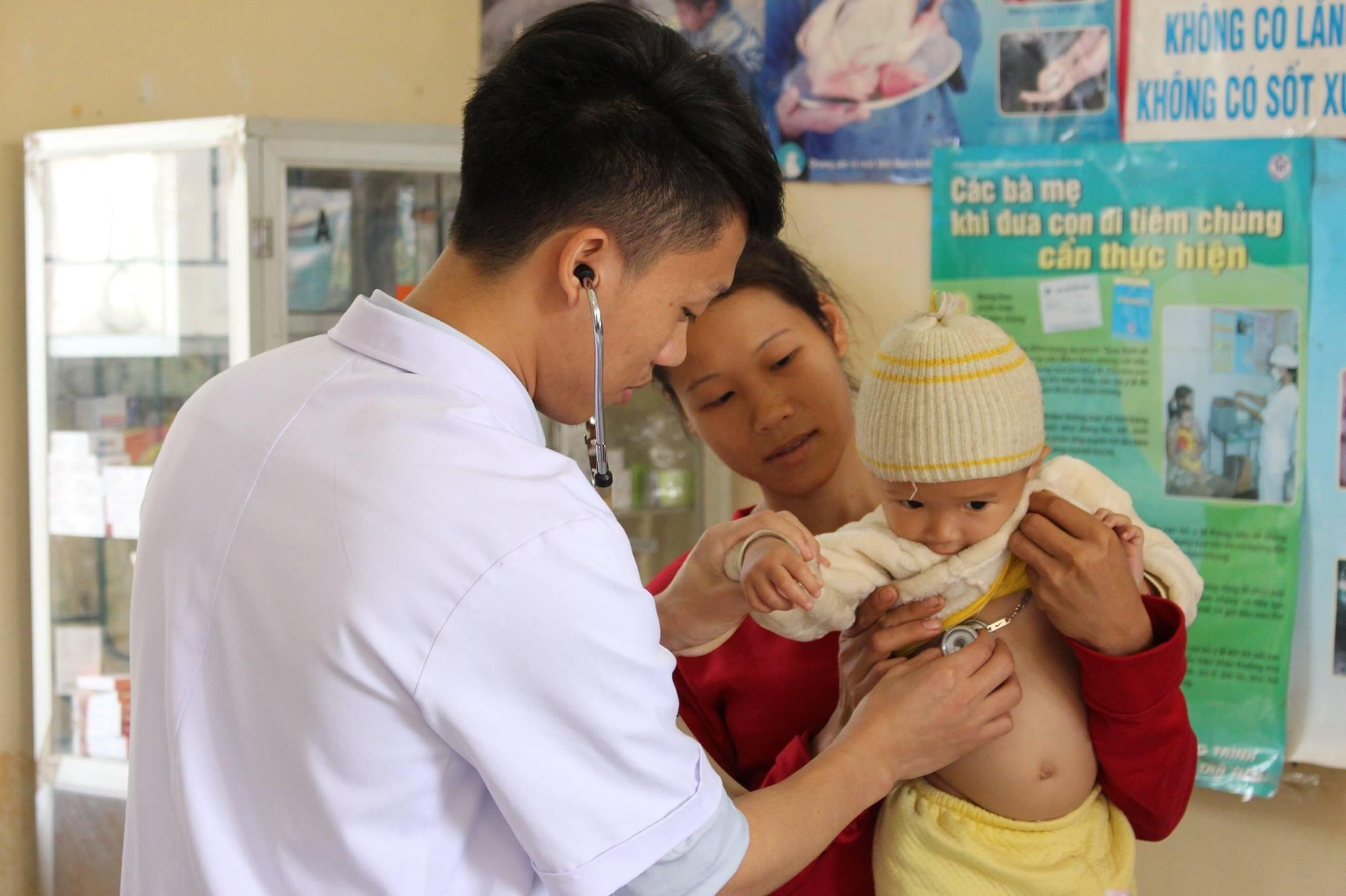 Kể từ 1/1/2021, người dân vùng DTTS, miền núi khám chữa bệnh được thuận lợi hơn khi thông tuyến BHYT.