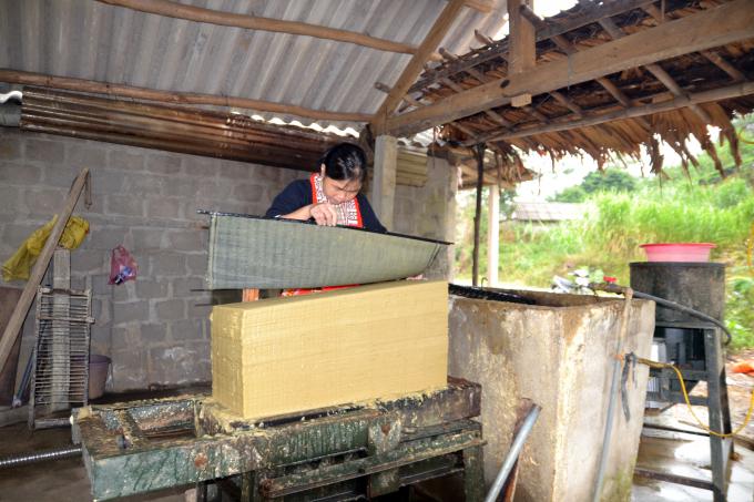 Thôn Thanh Sơn – thôn duy nhất của huyện Bắc Quang, tỉnh Hà Giang còn giữ được nghề làm giấy gió truyền thống