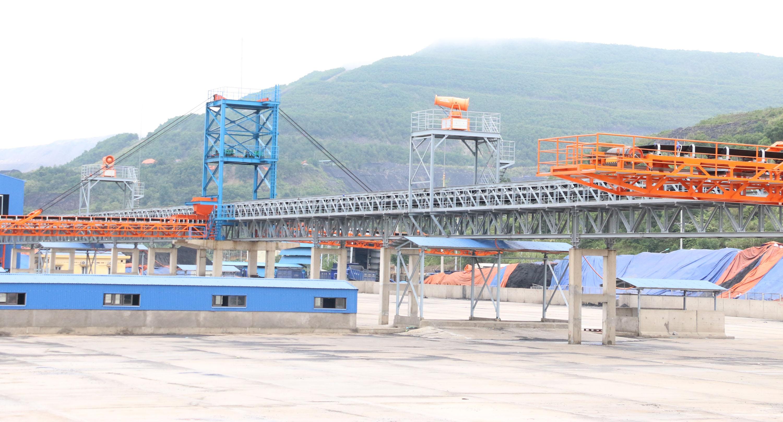 Dây chuyền nhà máy sàng - tuyển than Khe Chàm được đầu tư hiện đại