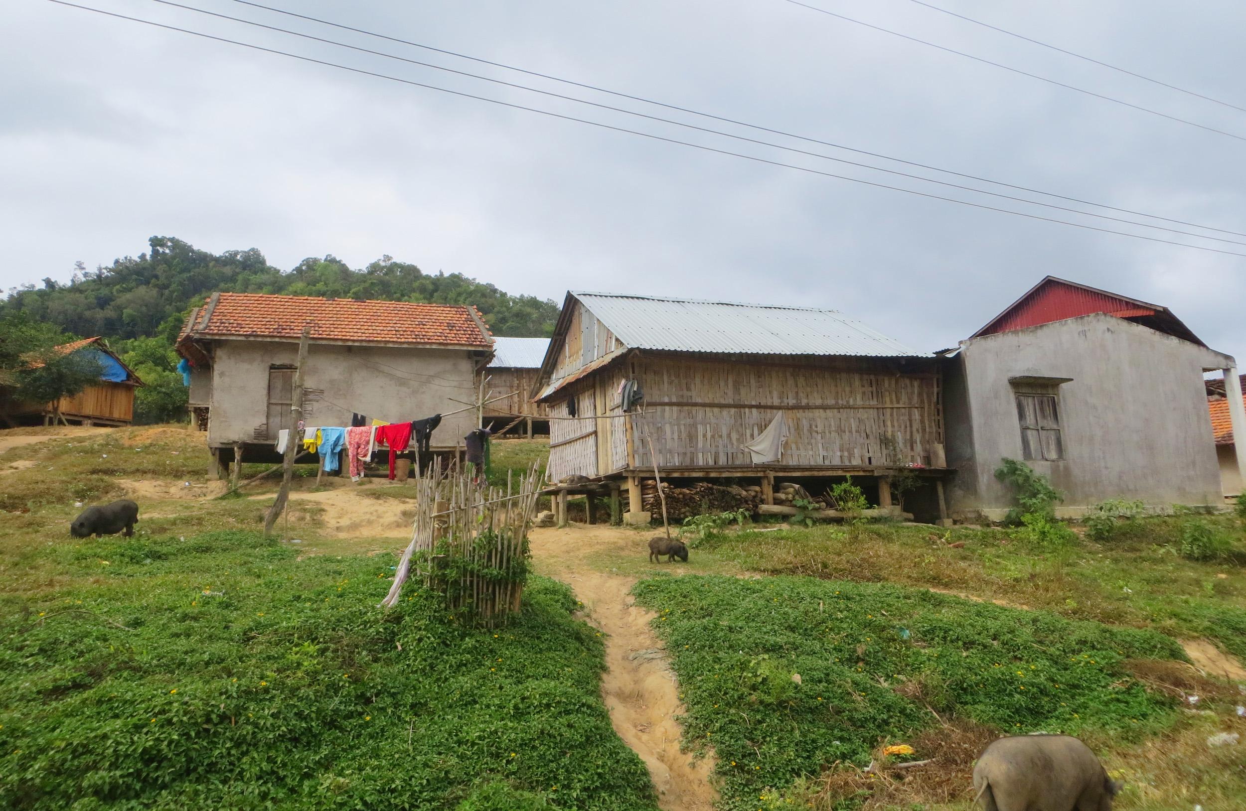Tín dụng đen len lỏi khắp các buôn làng