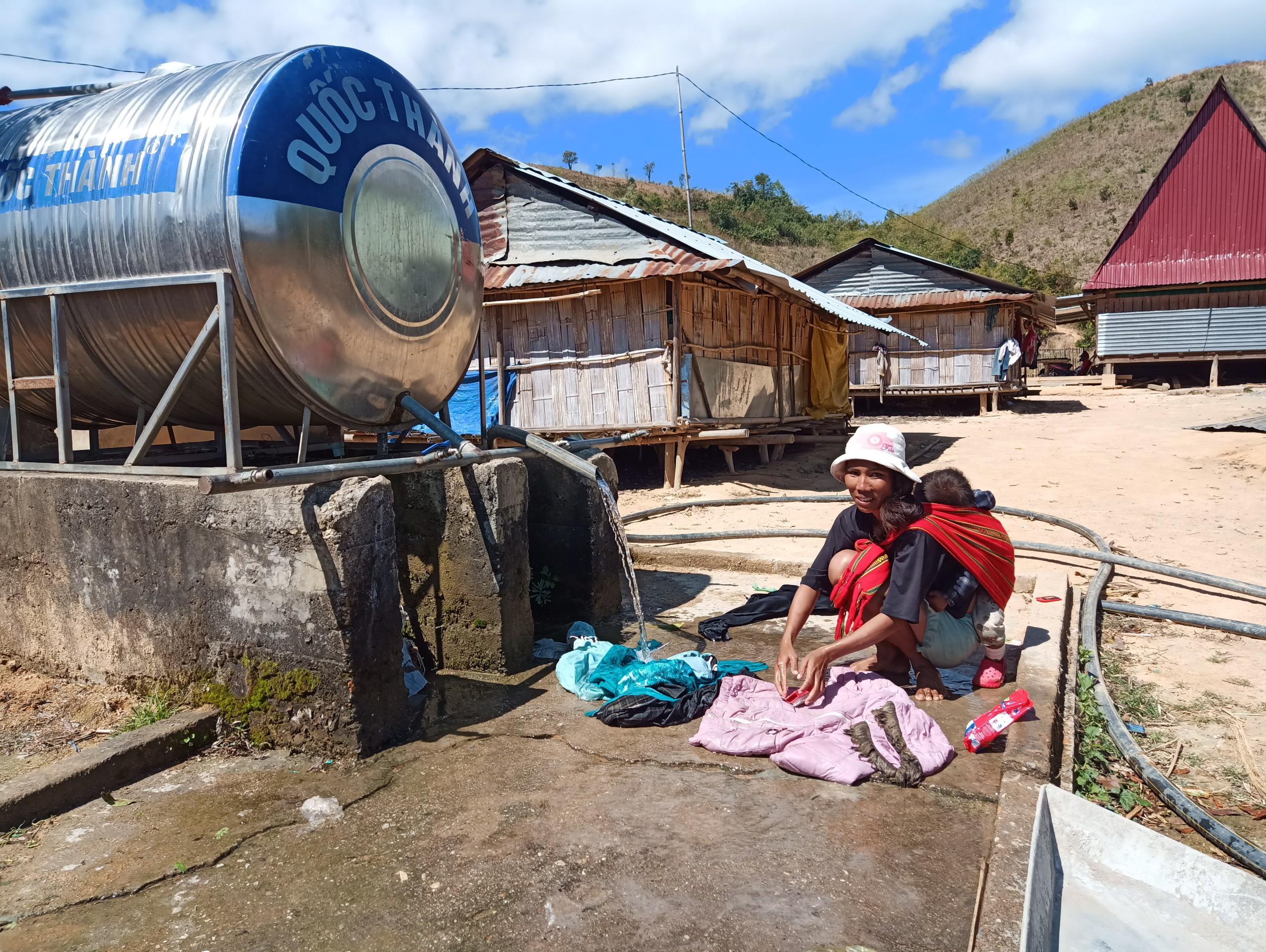 Hệ thống cung cấp nước sạch đáp ứng đủ nhu cầu cho người dân khu tái định cư