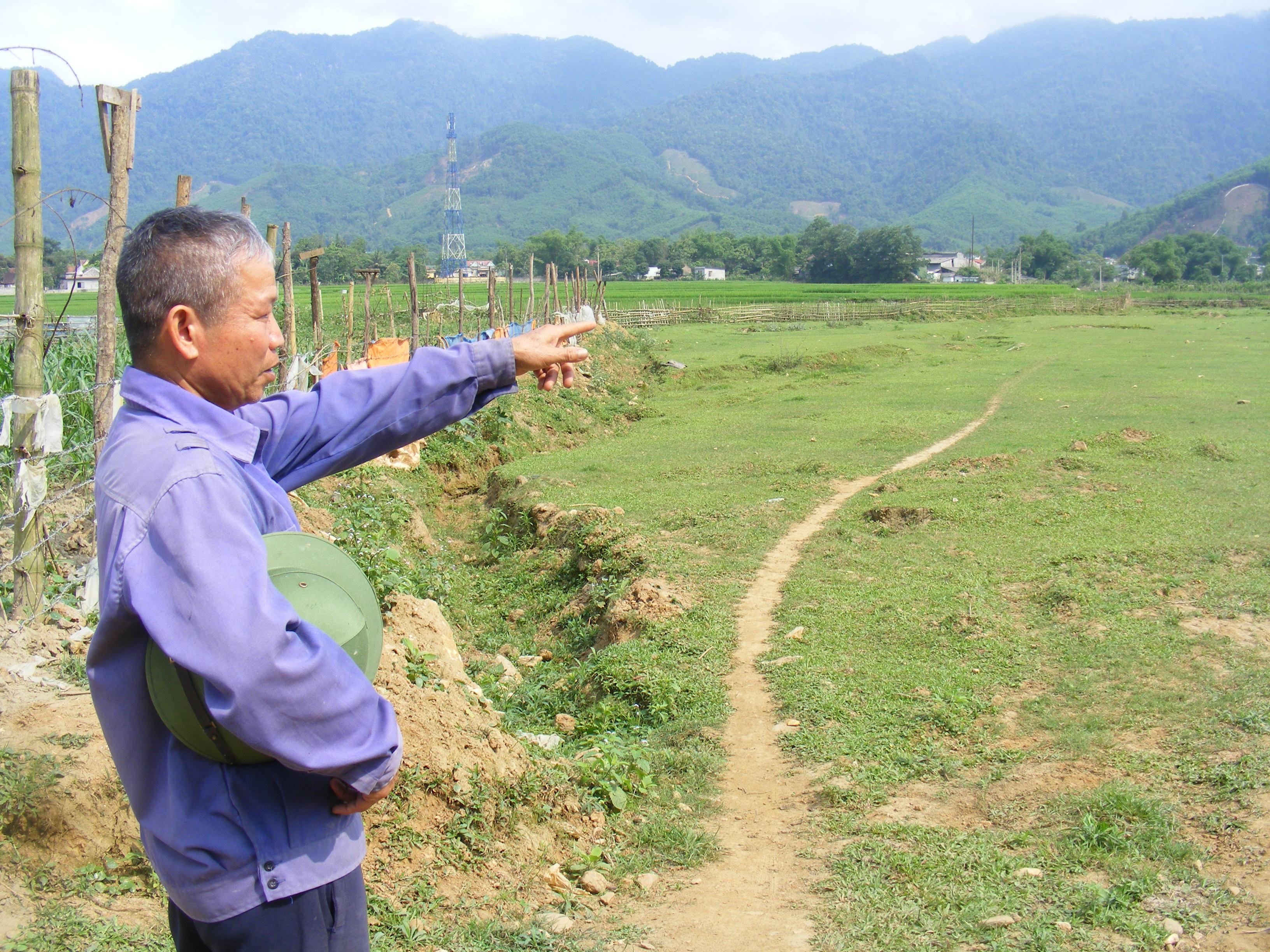 """Ông Nguyễn Văn Liên, người có nhiều năm khai thác mỏ, nhận định: """"Hiện tượng đất sụt, nước tụt là do khai thác khoáng sản"""""""