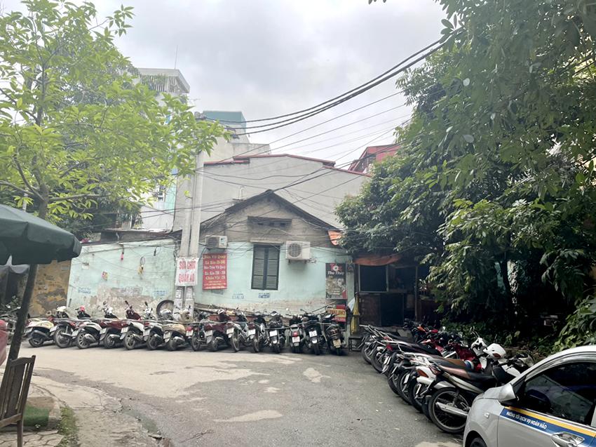 Điểm đầu nối đoạn đường từ Trung Yên 6 ra Nguyễn Khang.