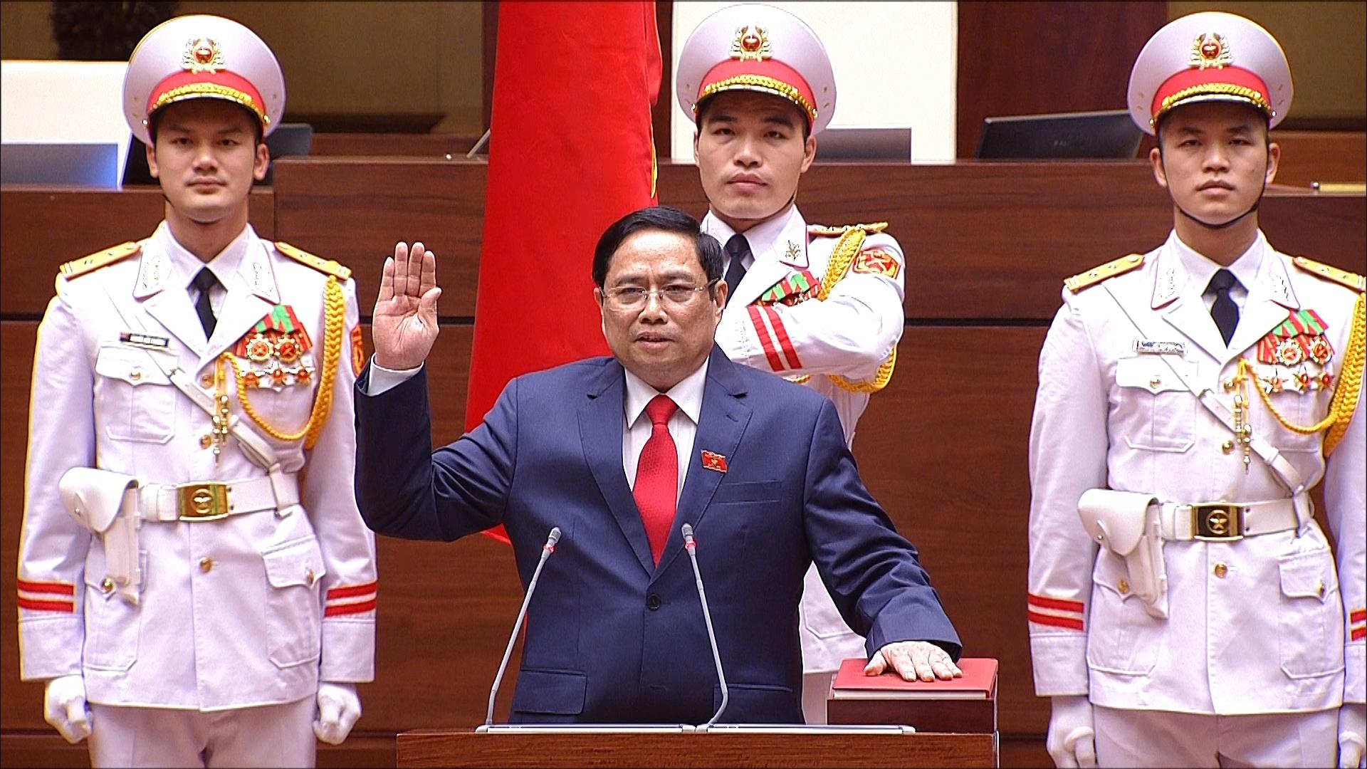 Thủ tướng Chính phủ Phạm Minh Chính tuyên thệ nhậm chức.