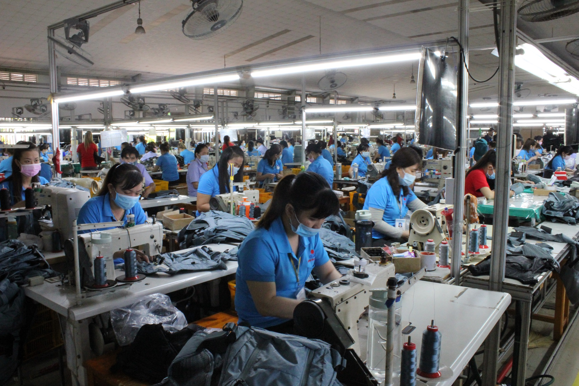 Hiện nay tại Công ty Dong In Entech VN đang có 46 lao động là người DTTS đang làm việc ổn định tại các bộ phận