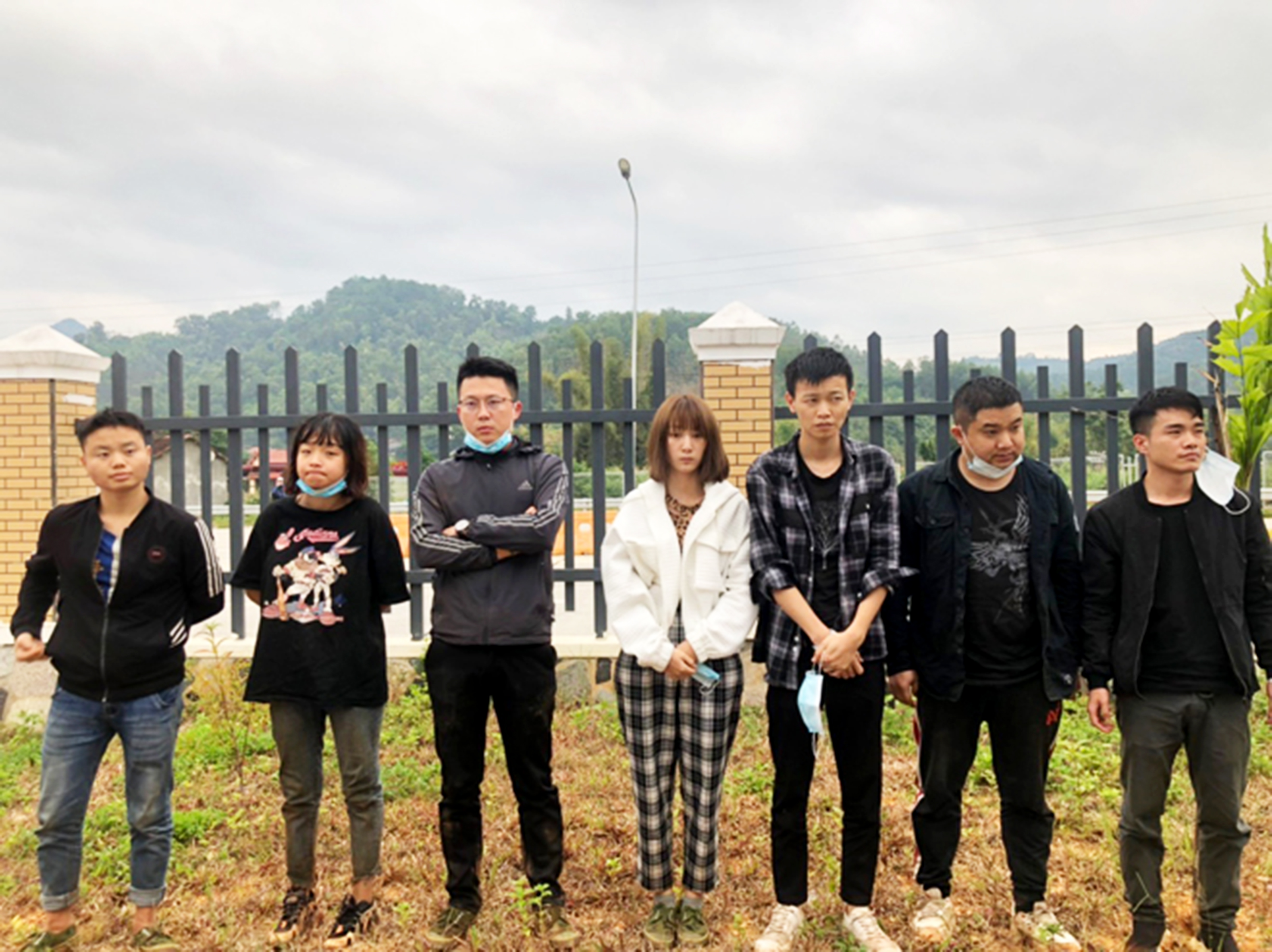 Bộ đội biên phòng Lạng Sơn bắt giữ các nhóm người nhập cảnh trái phép.