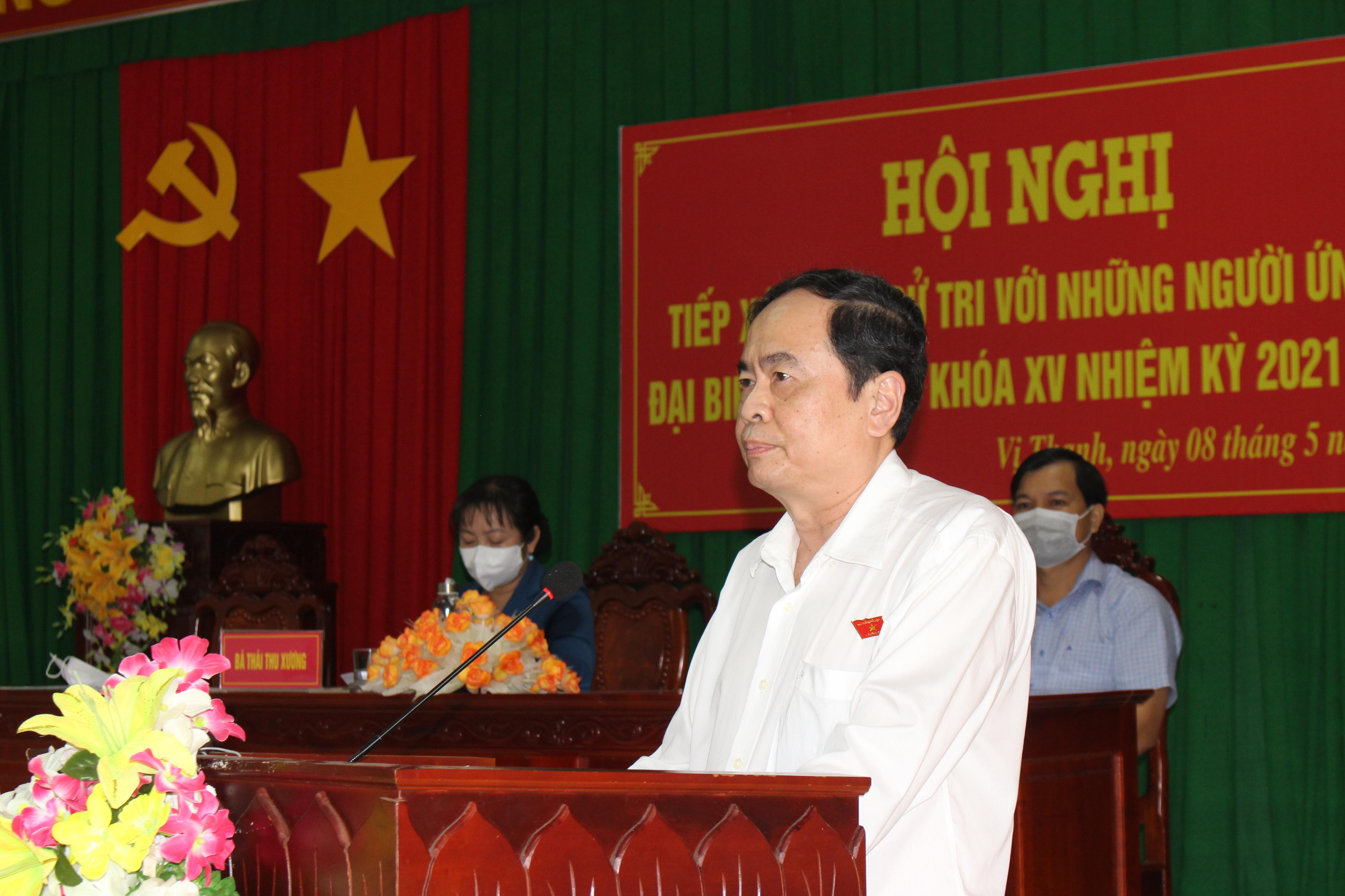 Ông Trần Thanh Mẫn, Ủy viên Bộ Chính trị, Phó Chủ tịch Thường trực Quốc hội, Phó Chủ tịch Hội đồng bầu cử Quốc gia phát biểu tại buổi tiếp xúc cử tri