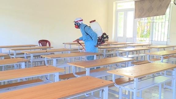 Các phòng thi đều được khử khuẩn trước khi thi