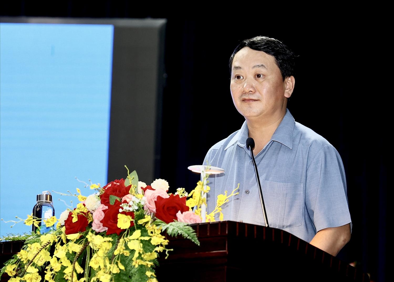 Bộ trưởng, Chủ nhiệm Hầu A Lềnh phát biểu tại buổi Lễ
