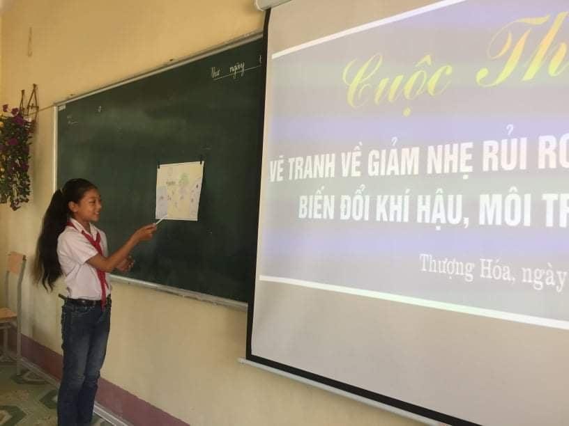Cuộc thi vẽ trang về chủ đề phòng chống thiên tai, biến đổi khí hậu ở trường Trung học cơ sở xã Thượng Hóa