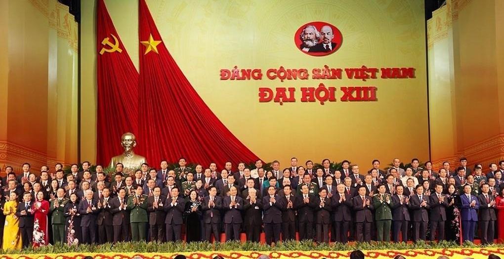 Ban Chấp hành Trung ương Đảng khóa XIII ra mắt Đại hội tại phiên bế mạc